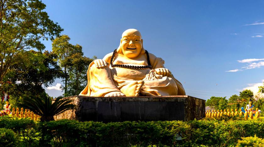 xtemplo-budista_zarpo.jpg.pagespeed.ic_.4YGdRm4r54
